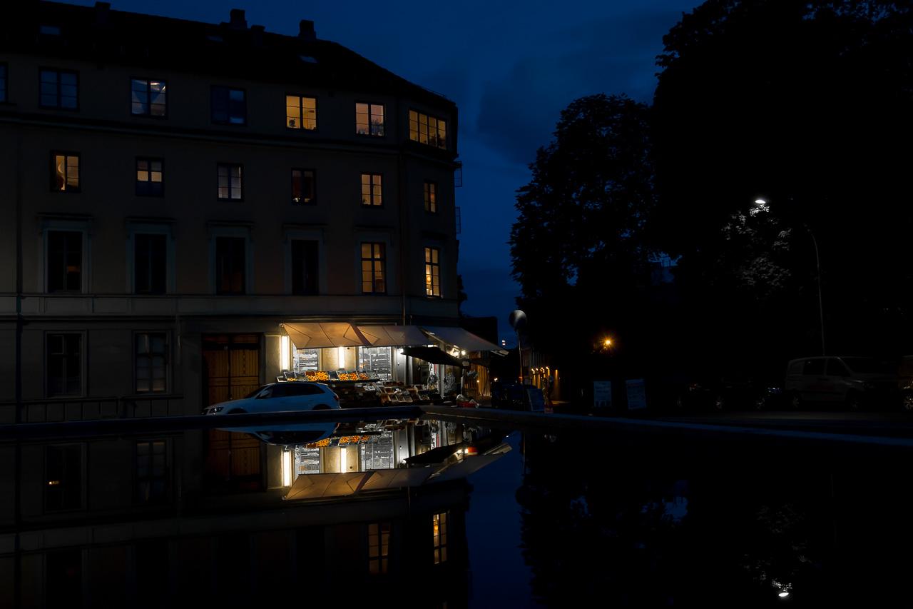 Bilder fra Oslo by en sensommerkveld